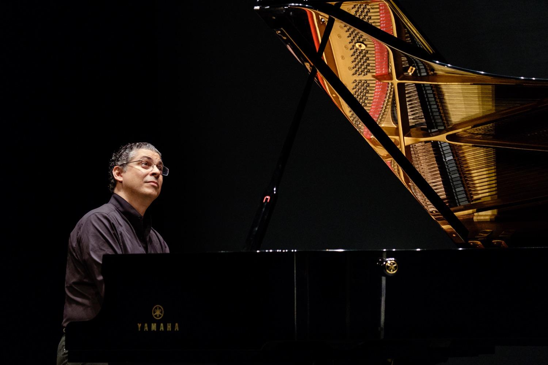 Leonel Morales