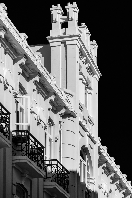 Rodolfo Ucha-Antiguo Hotel Suizo